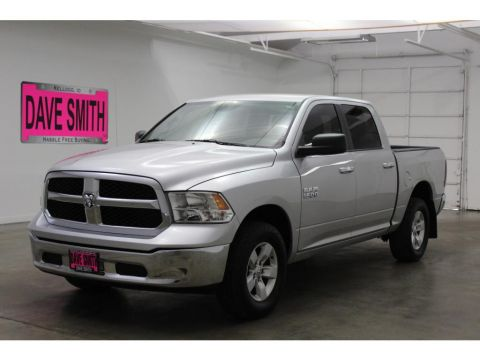 Pre-Owned 2014 Ram 1500 SLTCrew Cab Short Box